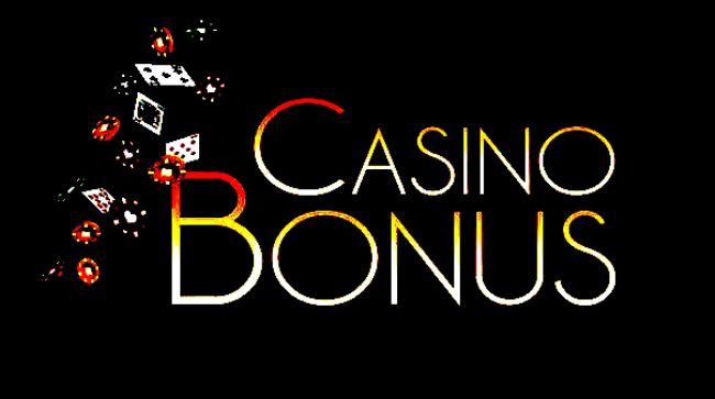 Most of the online casinos attract their customers by offering exciting bonuses. Bonus will be credited into the online casino account of the player instantly when they register with the casino.